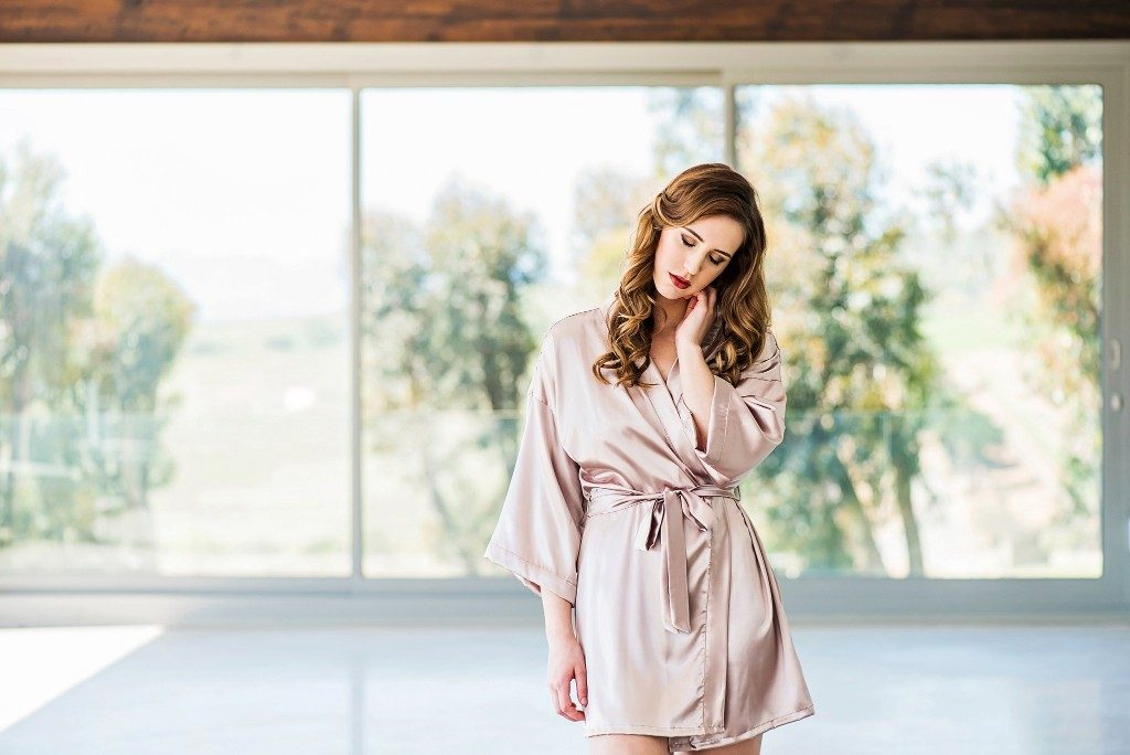 Cosmo bridal robe
